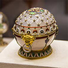 Renaissance Easter Egg Jewelry Box | Faberge Museum Tour | tours | Tours In Saintpetersburg